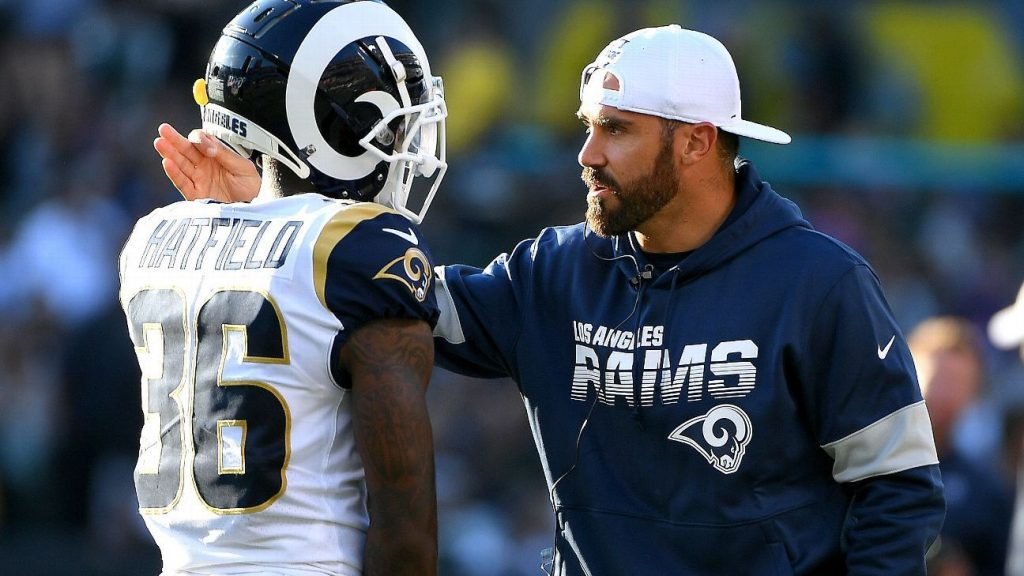 At home with the Rams, Eric Weddle impresses with...
