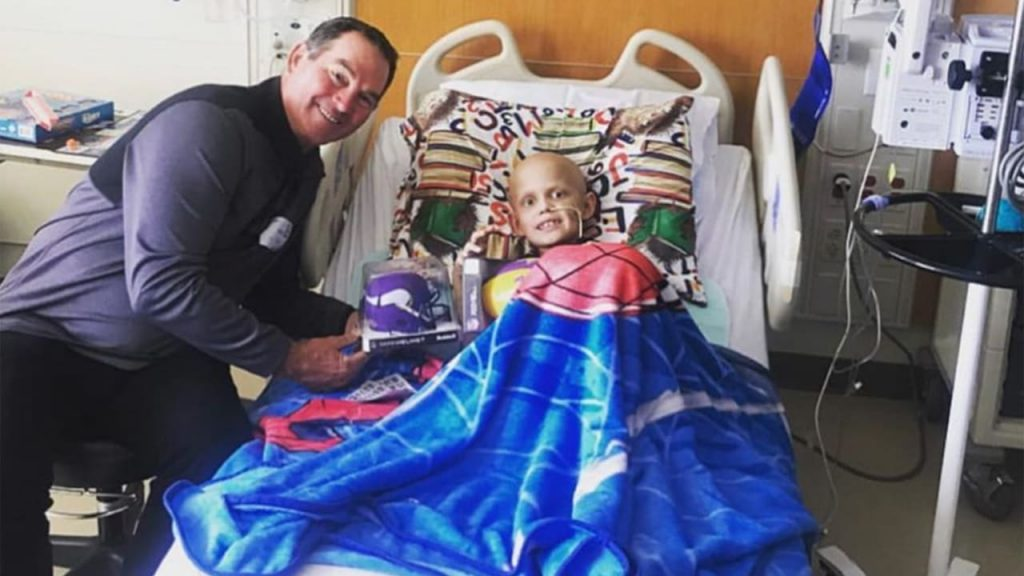 Zimmer Visits Pediatric Cancer Patients