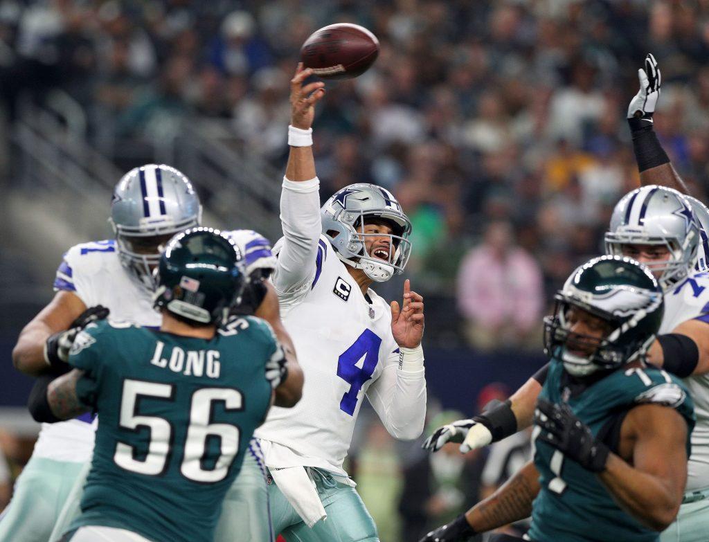 Dallas Cowboys face heated rival Philadelphia...