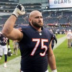 Kyle Long tweets that he's 'stepping away' from...