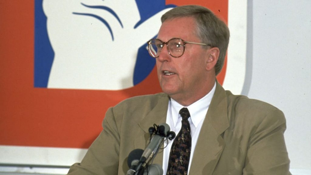 Former Broncos GM had strong KC loyalties ... once